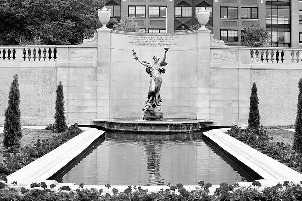 CITY PARK SARATOGA SPRINGS NEW YORK BLACK AND WHITE