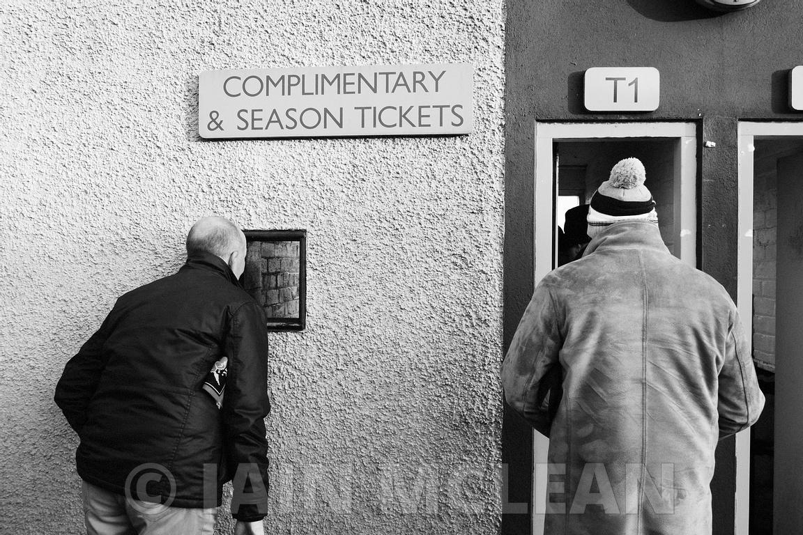 Albion Rovers..Indodrill Stadium, Alloa..6.1.18.Alloa Athletic 3-1 Albion Rovers..Picture Copyright:.Iain McLean,.79 Earlspark Avenue,.Glasgow.G43 2HE.07901 604 365.photomclean@googlemail.com.www.iainmclean.com.All Rights Reserved.