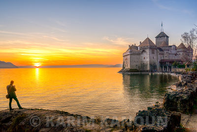 Photographying the Chillon Castle at sunset time