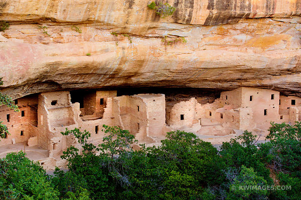 SPUCE TREE HOUSE RUINS MESA VERDE NATIONAL PARK COLORADO