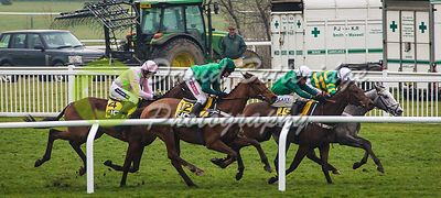 Cheltenham_Gold_Cup_Day_2015_-132