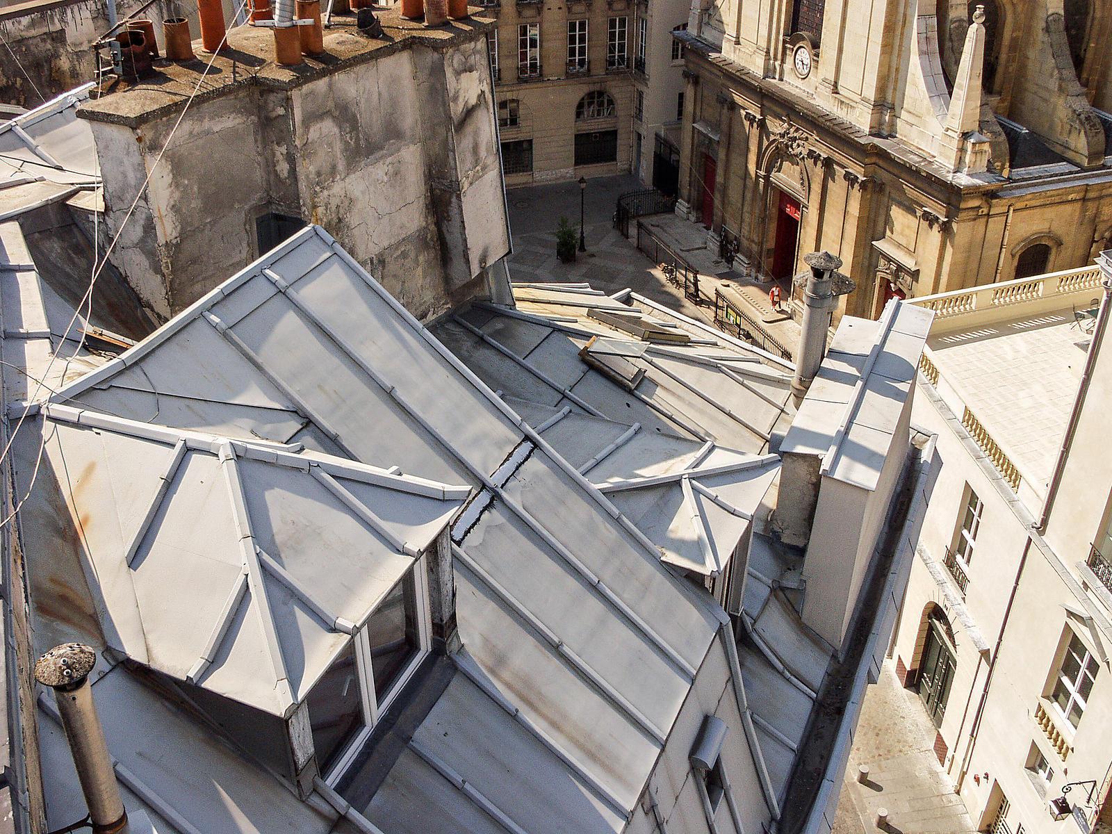 phototh que arnaud frich les toits de zinc de paris. Black Bedroom Furniture Sets. Home Design Ideas