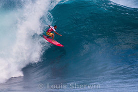Fredrick Patacchia in classic style at Pipeline