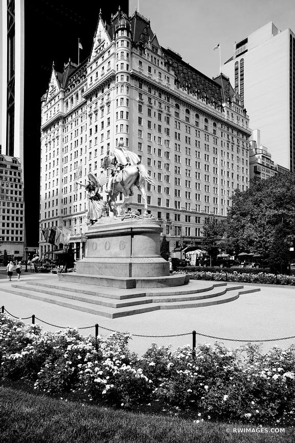 PLAZA HOTEL MANHATTAN NEW YORK CITY BLACK AND WHITE