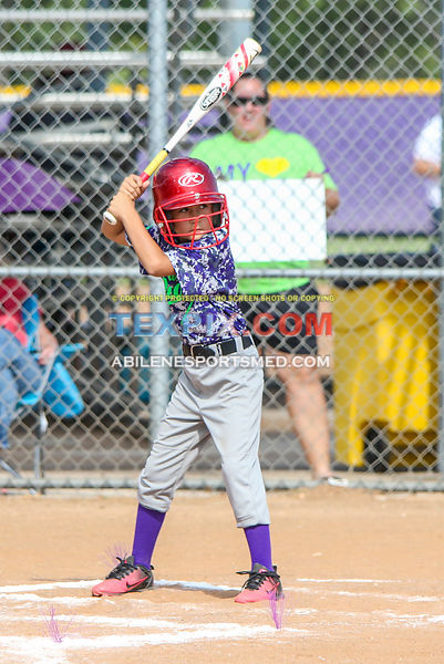 08-19-17_SFB_8U_Diamond_Divas_v_West_Texas_Force-47