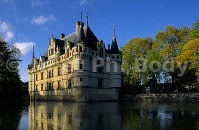 CHATEAU AZAY-LE-RIDEAU, INDRE ET LOIRE, FRANCE//CASTLE OF AZAY, LOIRE VALLEY, FRANCE
