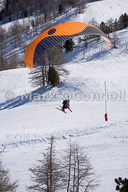 Parapenting in the French Alps
