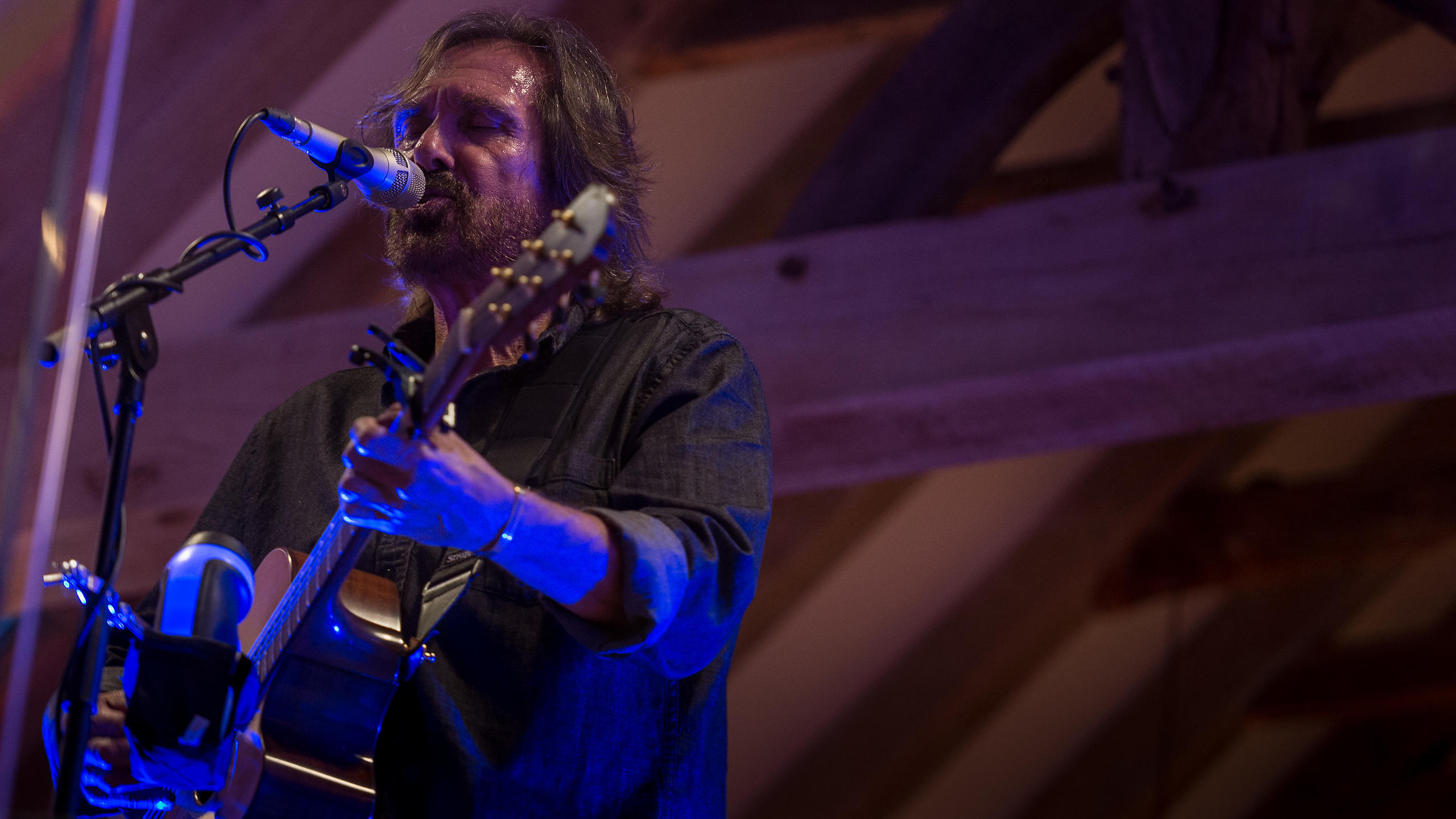 Dennis Locorriere Performs for Exclusive Gathering