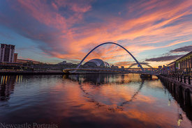 Fire on the Tyne (2)