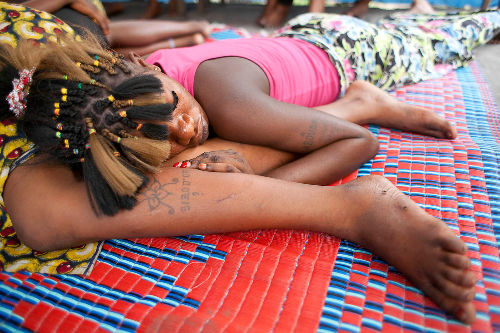 Democratic Republic of Congo, Kinshasa. Centre Bomoyi Bwa Sika: health education program to Reduce the Risk of HIV and counseling for young women living on the streets and are victims of sexual violence.