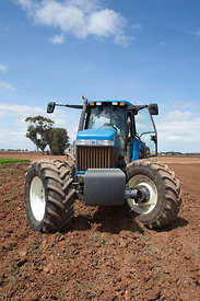 A New Holland Model 8870