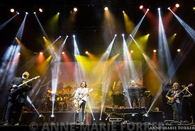 Marillion_London_Palladium_-_Anne-Marie_Forker_Marillion_forkerfotos.com-0823