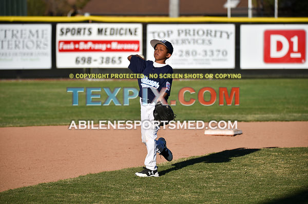 03-30-17_Dixie_Minors_Whitecaps_v_Storm_Chasers_(RB)-3644