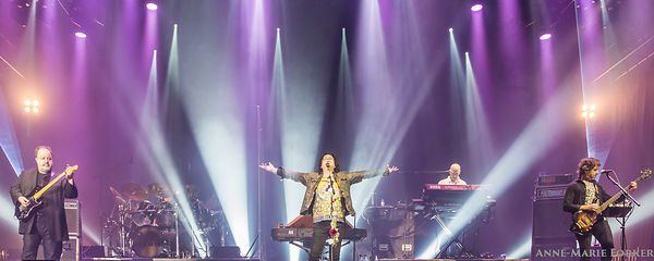 Marillion_Holland_4_x_10_FOR_PRINT_AM_Forker-