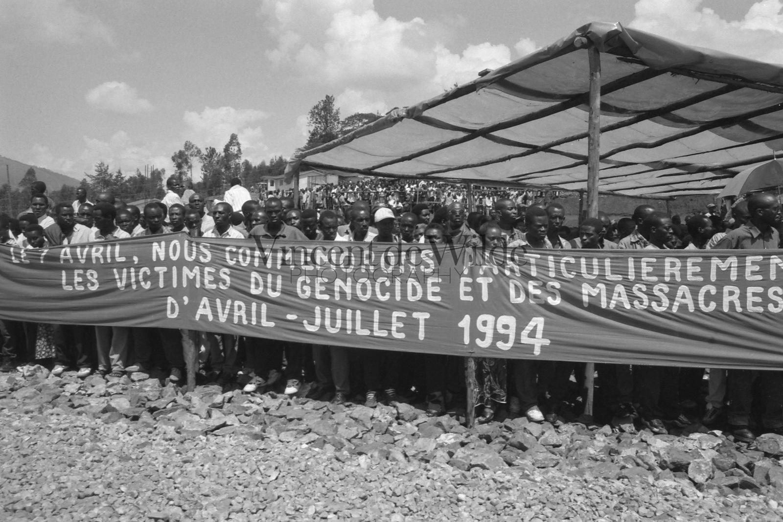 En Mémoire des Victimes d'Avril à Juillet 1994 -  In Memory of the Victims of April to July 1994