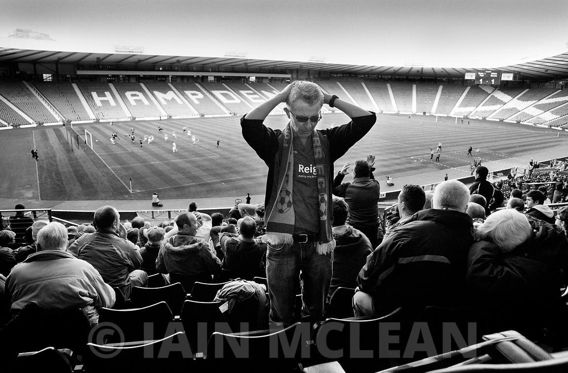 Albion Rovers..Hampden Stadium, Glasgow..23.4.11.Queens Park 2-1 Albion Rovers..Picture Copyright:.Iain McLean,.79 Earlspark Avenue,.Glasgow.G43 2HE.07901 604 365.photomclean@googlemail.com.www.iainmclean.com.All Rights Reserved.