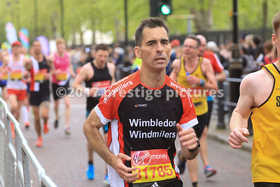 Nick McKay running in the London Marathon