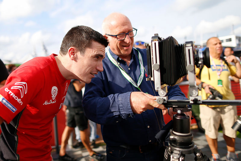 Francois Baudin show to Craig Breen  old camera during Rally Deutschland in Bostalsee, on August 16, 2017 - Photo Bastien Baudin / AUSTRAL