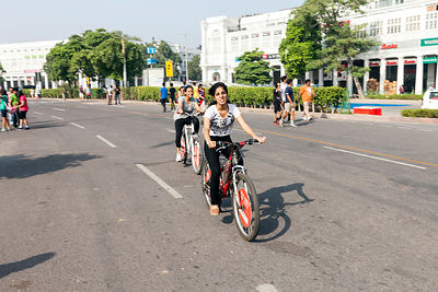 India - New Delhi - Cyclists rise through a road blocked to cars in a section of Connaught Place during a Raahgiri Day