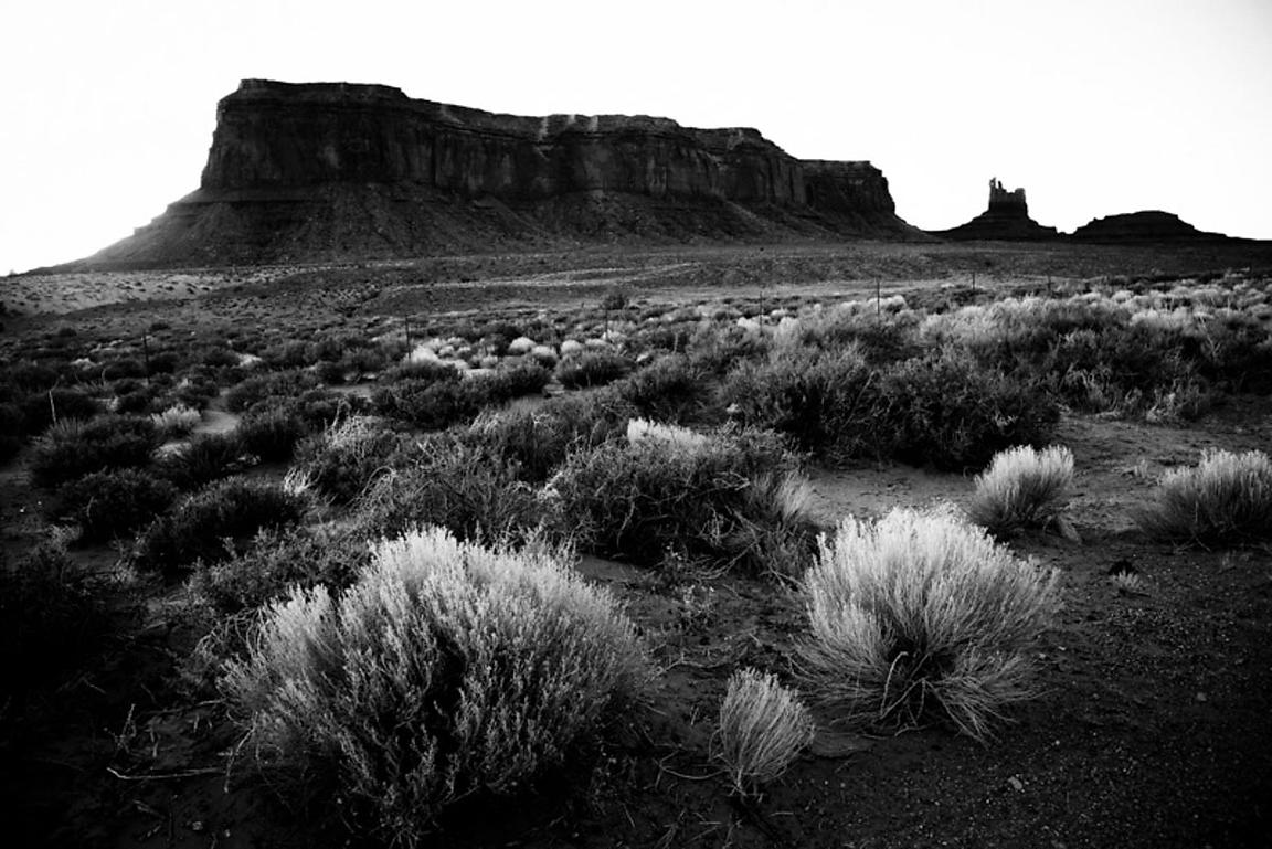 8786-Monument_Valley_National_Park_Arizona_USA_2014_Laurent_Baheux