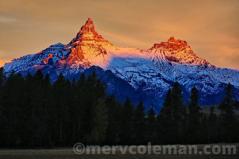 701 Pilot & Index Peak Alpenglow