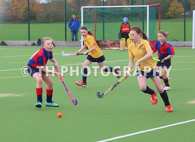 U11 Hockey v Airthrie School. 4th November 2016 photos