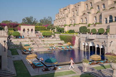Swimming_Pool_-_The_Oberoi_Amarvilas_Agra_(4)_v1_current