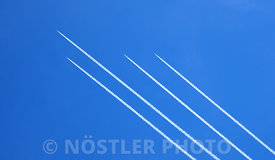 F-16 Contrails