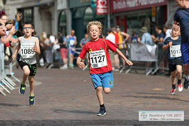BAYER-17-NewburyAC-Bayer900m-Finish-35