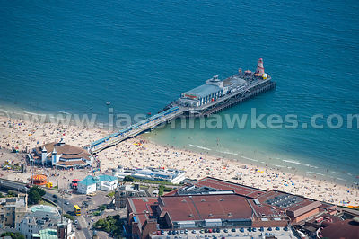 Shockwave speed boat at Bournemouth Pier
