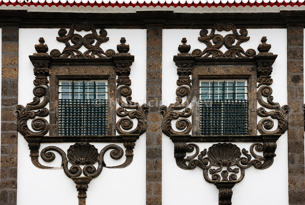 Images of portugal lava windows 18th century at the for 18th century window