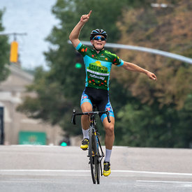 Stage 4 - Burlington Criterium (Men 2, Junior) photos