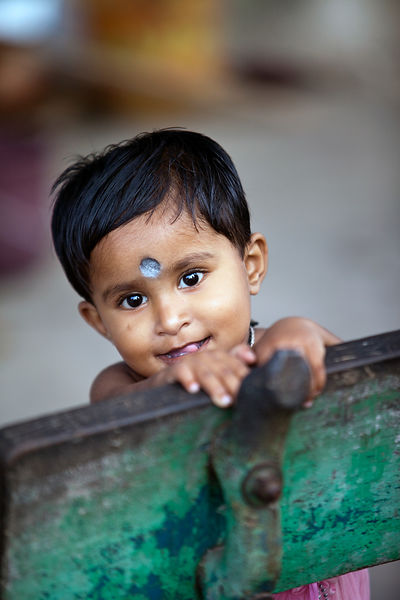 India - Chandannagar - A child on the Strand
