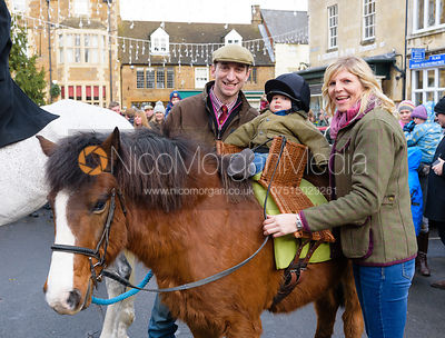 The Cottesmore Hunt in Uppingham 1/1 photos