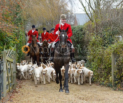 The Cottesmore Hunt at Parva Lodge 5/12 photos
