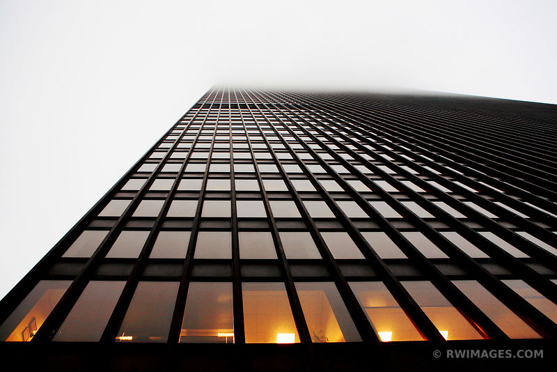 IBM BUILDING IN FOG CHICAGO MODERN ARCHITECTURE