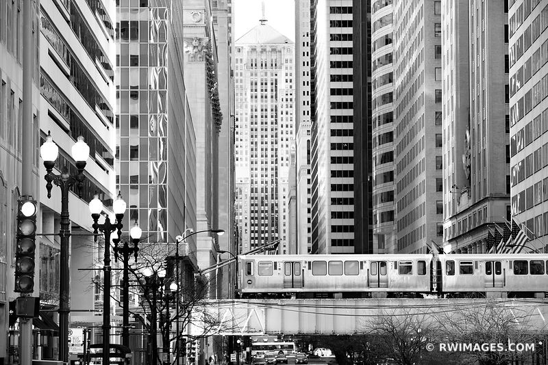 LA SALLE STREET CHICAGO BOARD OF TRADE BUILDING EL TRAIN CHICAGO ILLINOIS BLACK AND WHITE
