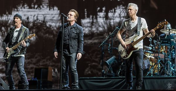 "Bono, The Edge, Adam Clayton, and Larry Mullen Jr. perform ""I Still Haven't Found What I'm Looking For"" - FedEx Field in Landover, Maryland"
