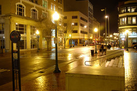 downtown_norfolk_at_night_street_view