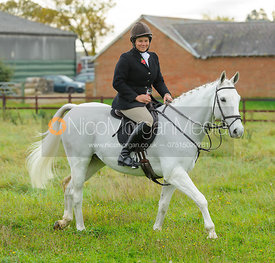 Vix Welton at the meet - The Cottesmore Hunt at Toft 27/10