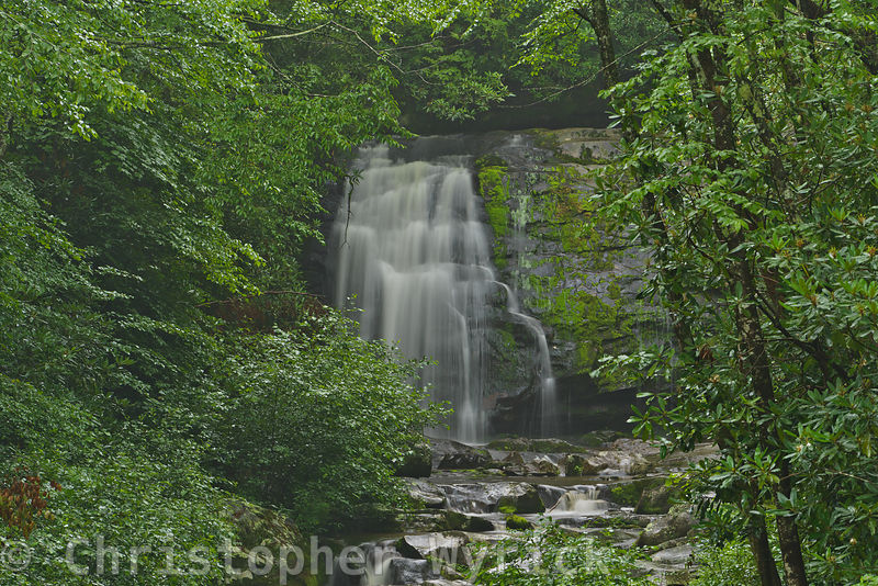 Meigs Falls is located on Little River Road about a mile from the Sinks back toward Metcalf Bottoms.  This beautiful falls is one of the few falls which can be seen from the road.  The falls is roughly 125 yards from the road and there is no access other than a risky river crossing by foot.