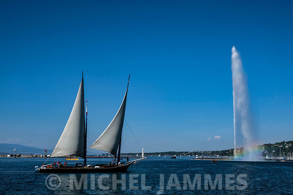 GENEVE photos