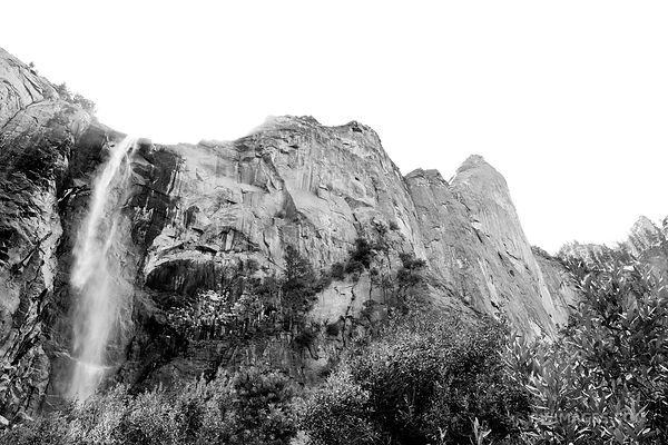 BRIDALVEIL FALL YOSEMITE NATIONAL PARK BLACK AND WHITE
