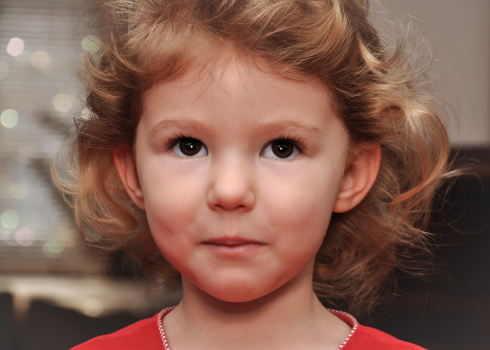portrait photography of young girl