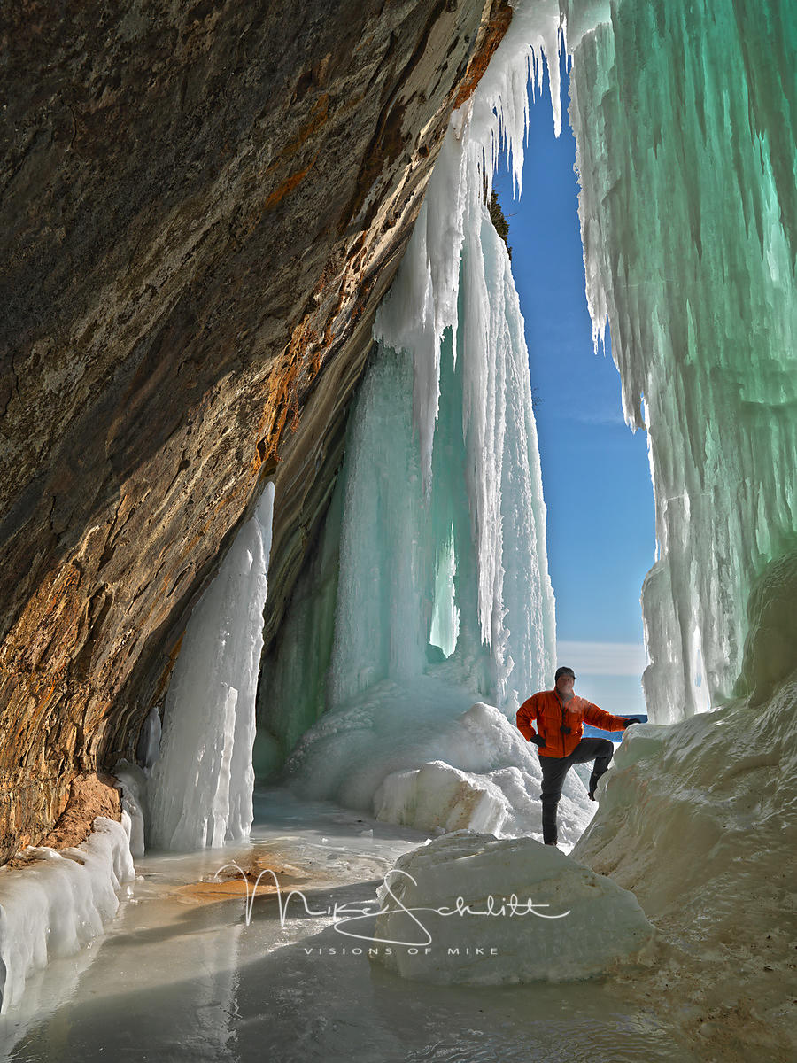 A_Ice_Caves_Grand_Island_2014_HDR_0876