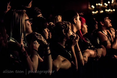 Fans watching Sworn In, Sacramento