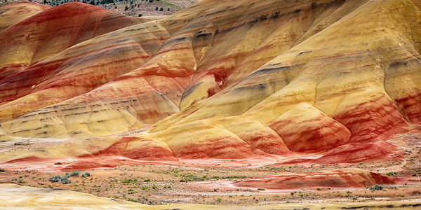 818 Colorful Layers of the Painted Hills