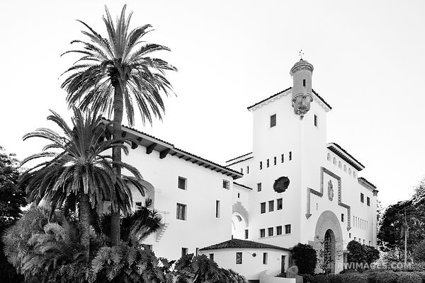 SANTA BARBARA ARCHITECTURE BLACK AND WHITE