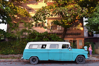 Incredible Cuban Cars photos