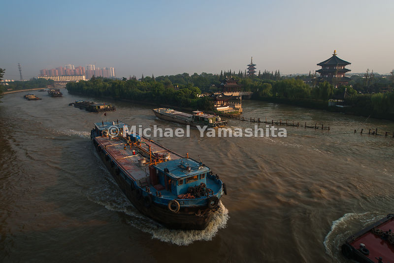 Old meets new Grand Canal at Hanshan Temple from Fengqiao Bridge.